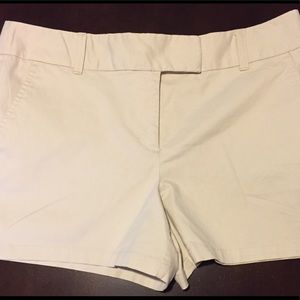 "NWT LOFT The Rivera Khaki Short Inseam 4"" Size 10"